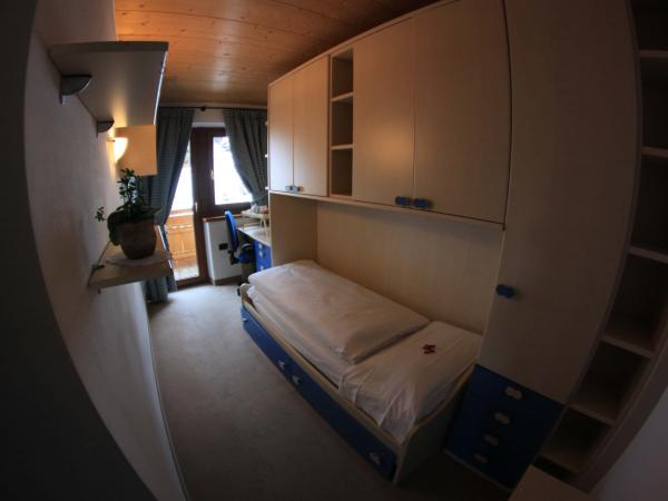 Gallery of family room in Livigno