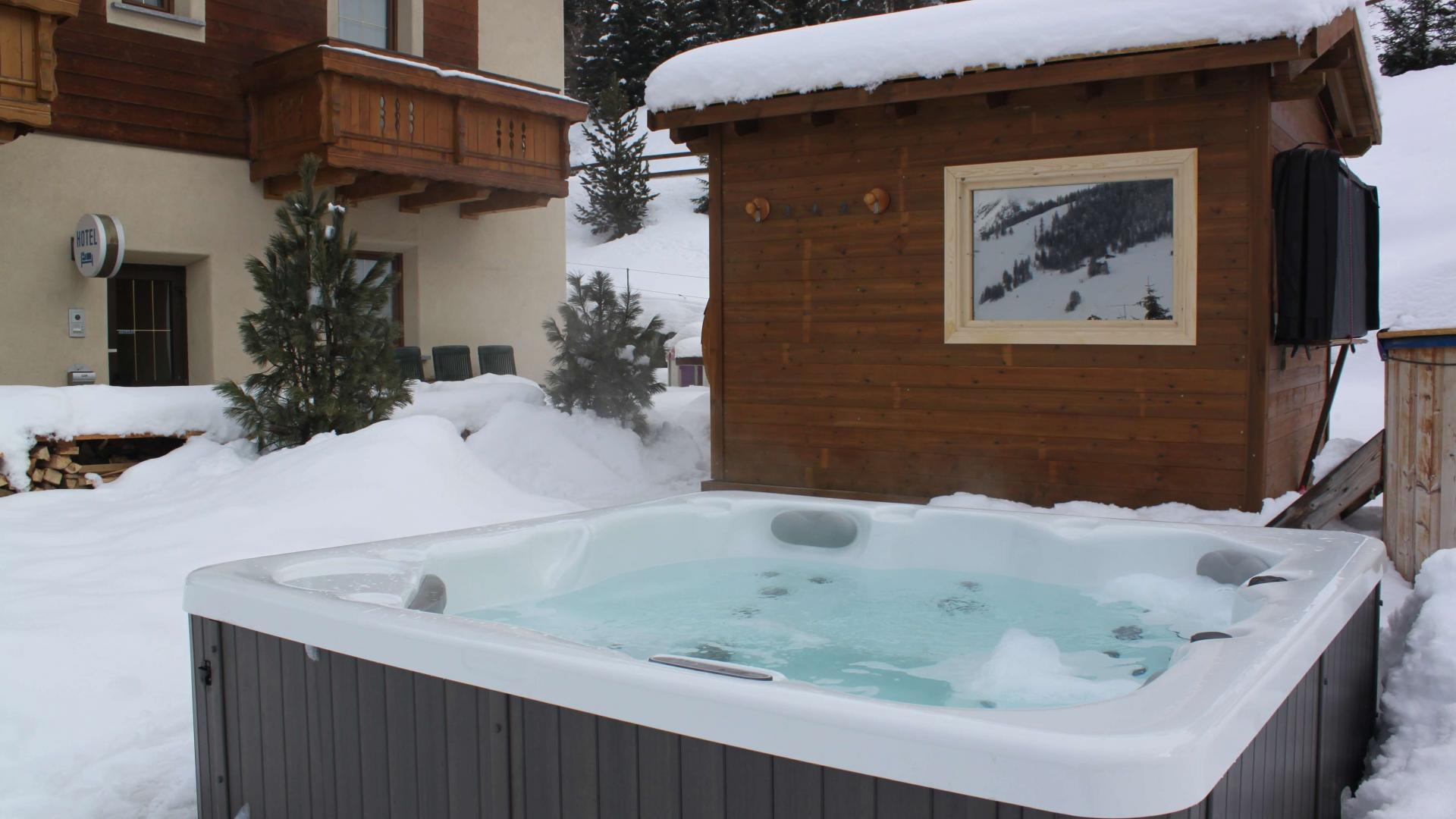 Wellness vasca idromassaggio