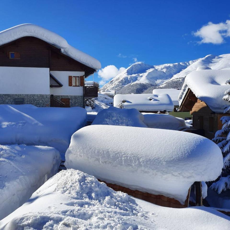 Esterno biosauna in inverno