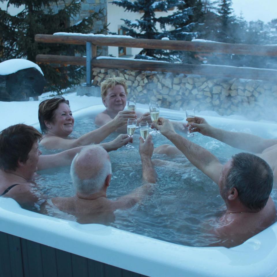 Hotel del Bosco: Vasca idromassaggio riscaldata